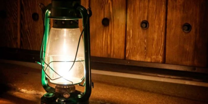 How to Choose the Best Camping Lantern
